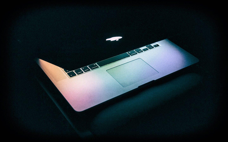 La Apple e gli incontri segreti con la FDA