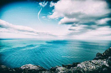 Vaccini e Realtà Virtuale: liberi dal dolore guardando il mare