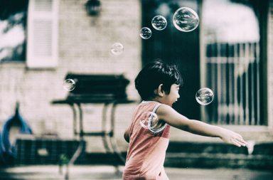 Super Poteri: i bambini non capiscono la medicina, ma la magia!