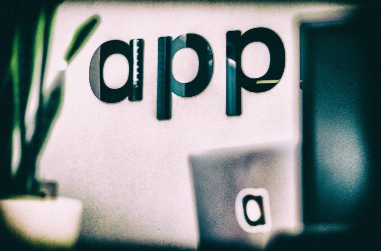 Le 7 migliori app che ogni medico dovrebbe scaricare sul proprio telefono