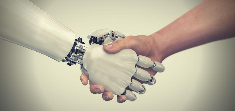 Interazione fra uomo e robot: Tesla rivoluzionerà l'assistenza sanitaria?